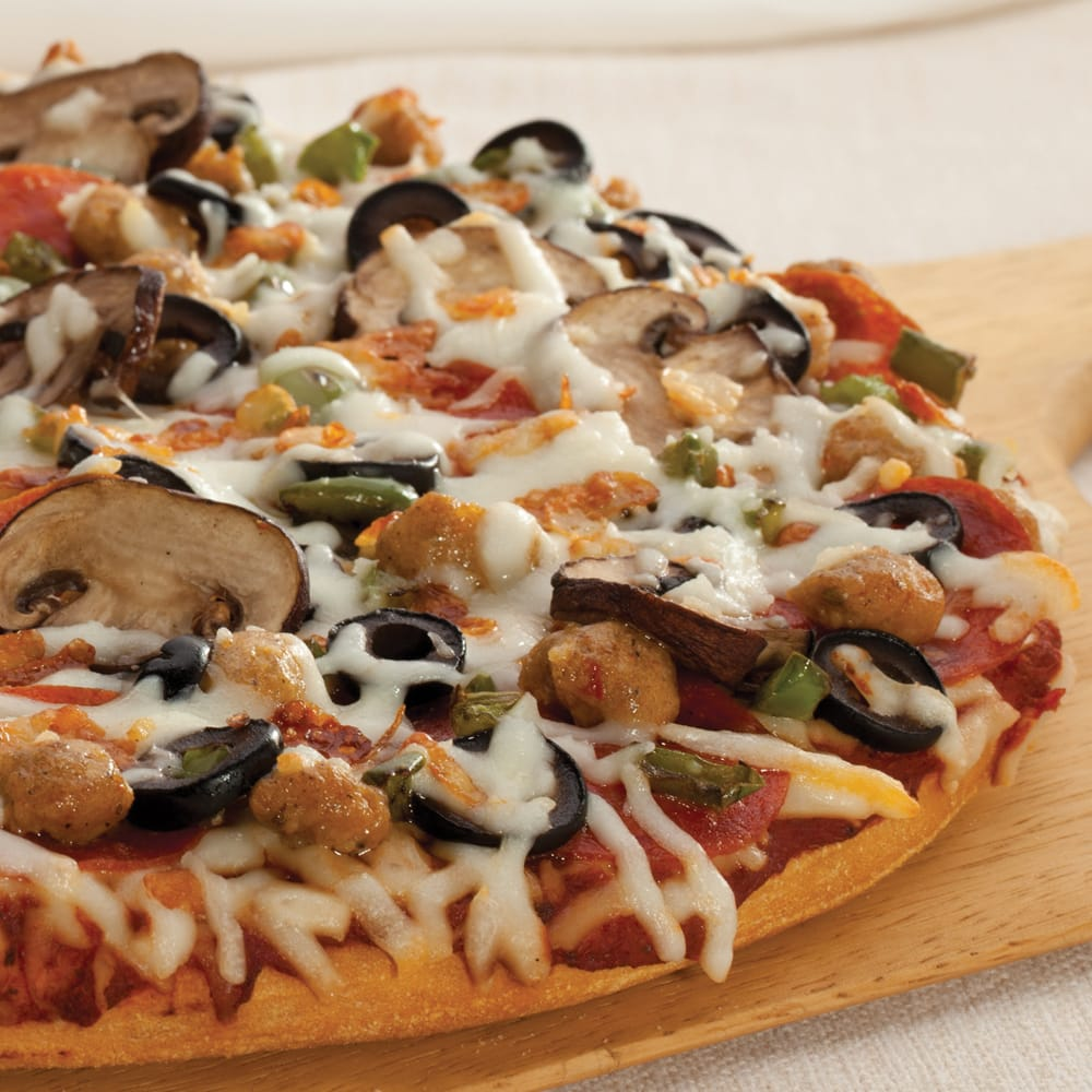 Figaro's Pizza: 825 S Canyon Blvd, John Day, OR
