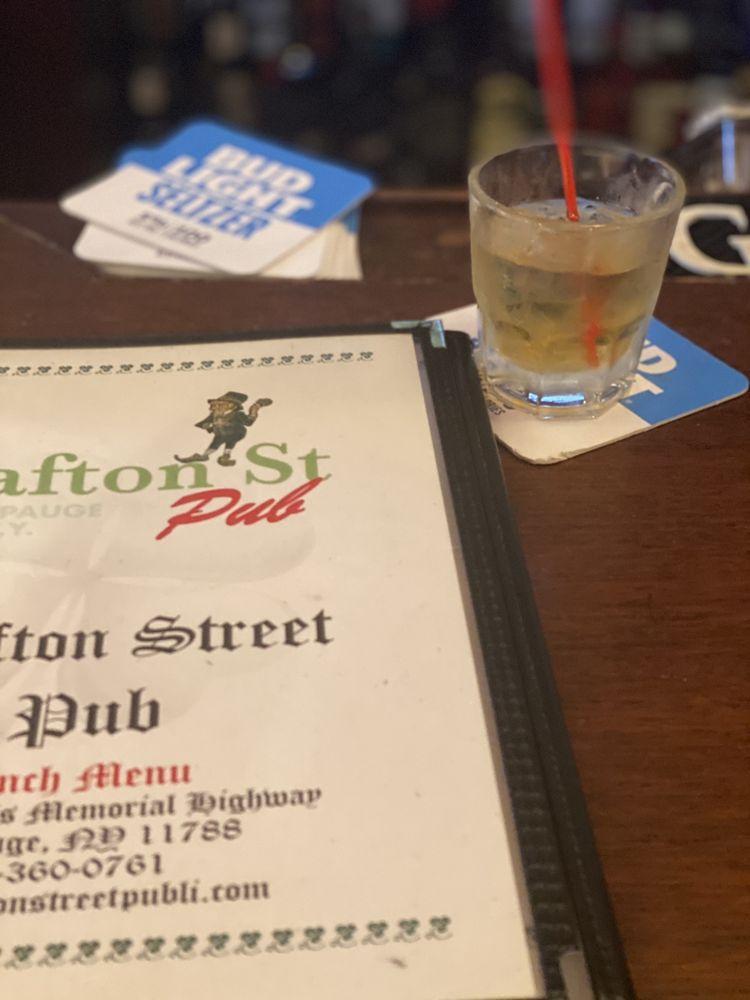 Grafton Street Pub: 261 Veterans Memorial Hwy, Hauppauge, NY