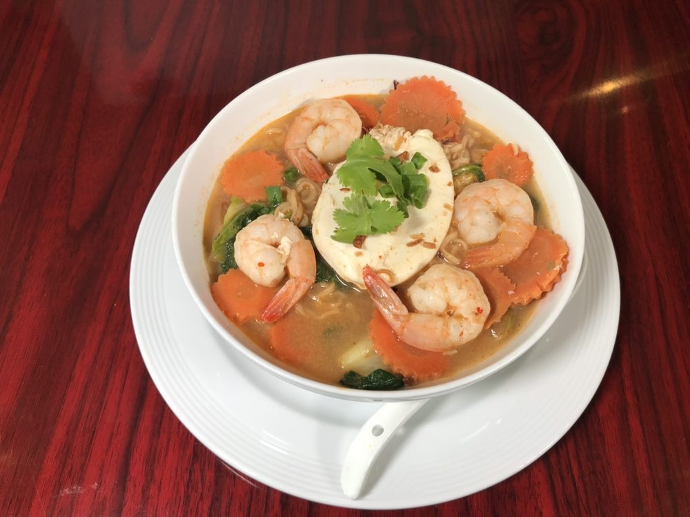 Ahan Thai Kitchen: 474260 E State Rd 200, Fernandina Beach, FL