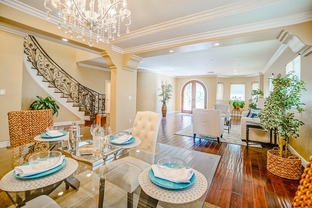 AV Home Staging: 17302 1/2 Woodruff Ave, Bellflower, CA