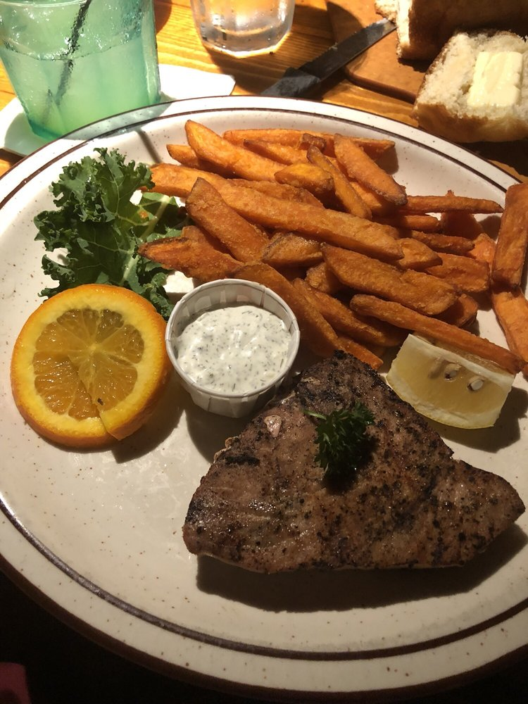 Steak Inn: Table Rock Lake, Shell Knob, MO