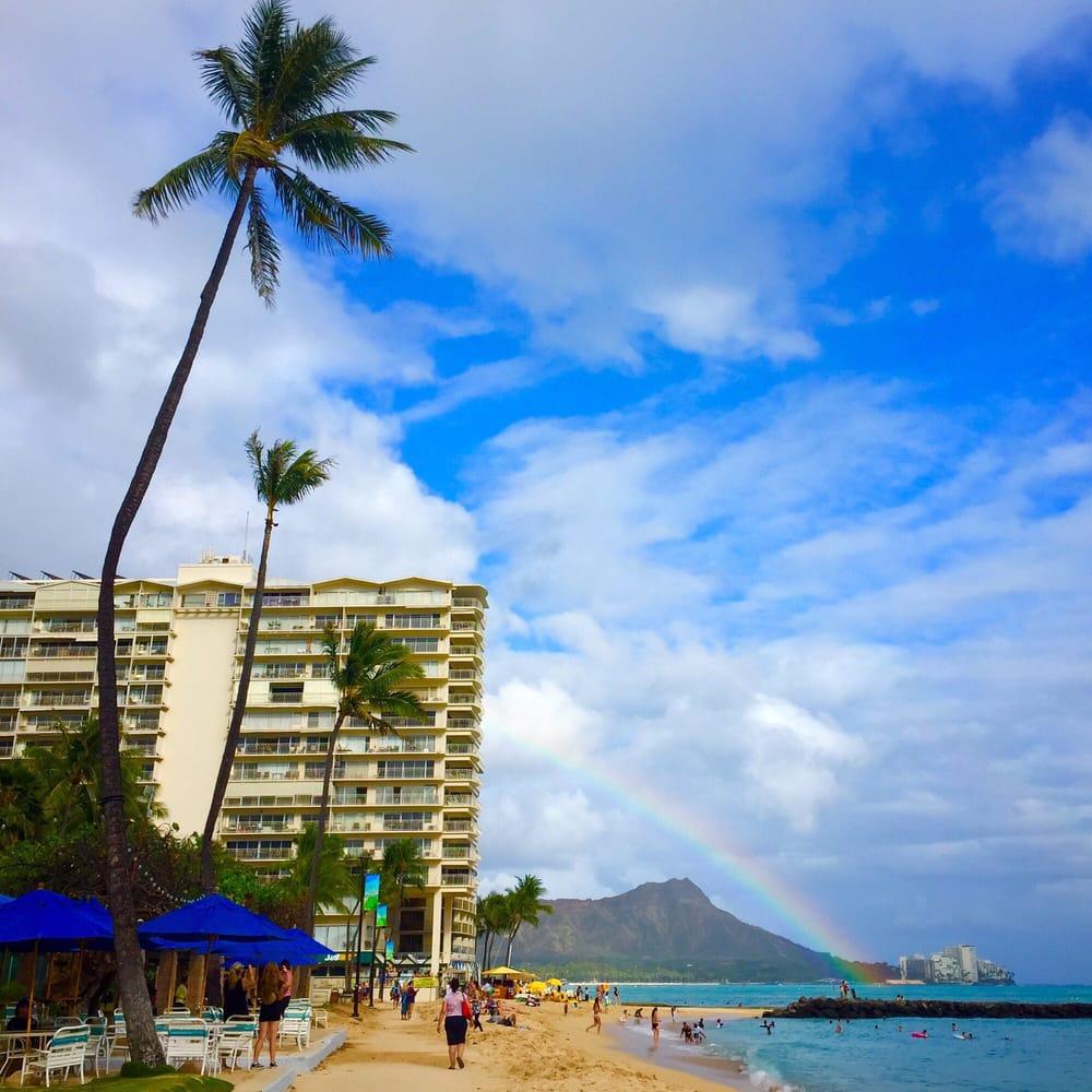 Waikiki Beach Walk 372 Photos 72 Reviews Shopping