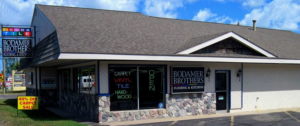 Bodamer Brothers Carpets Plus: 3000 N Garfield Rd, Traverse City, MI