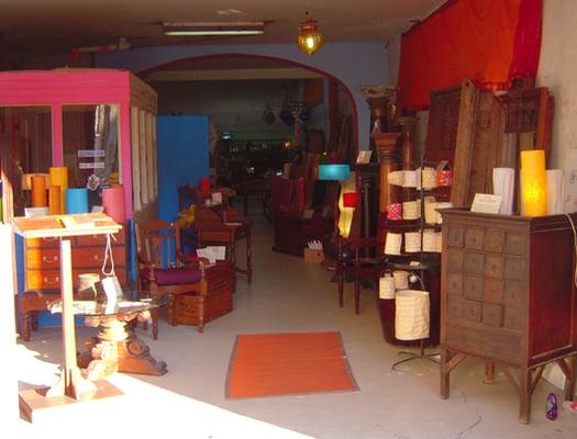 le monde int rieur magasin de meuble 3 place du. Black Bedroom Furniture Sets. Home Design Ideas