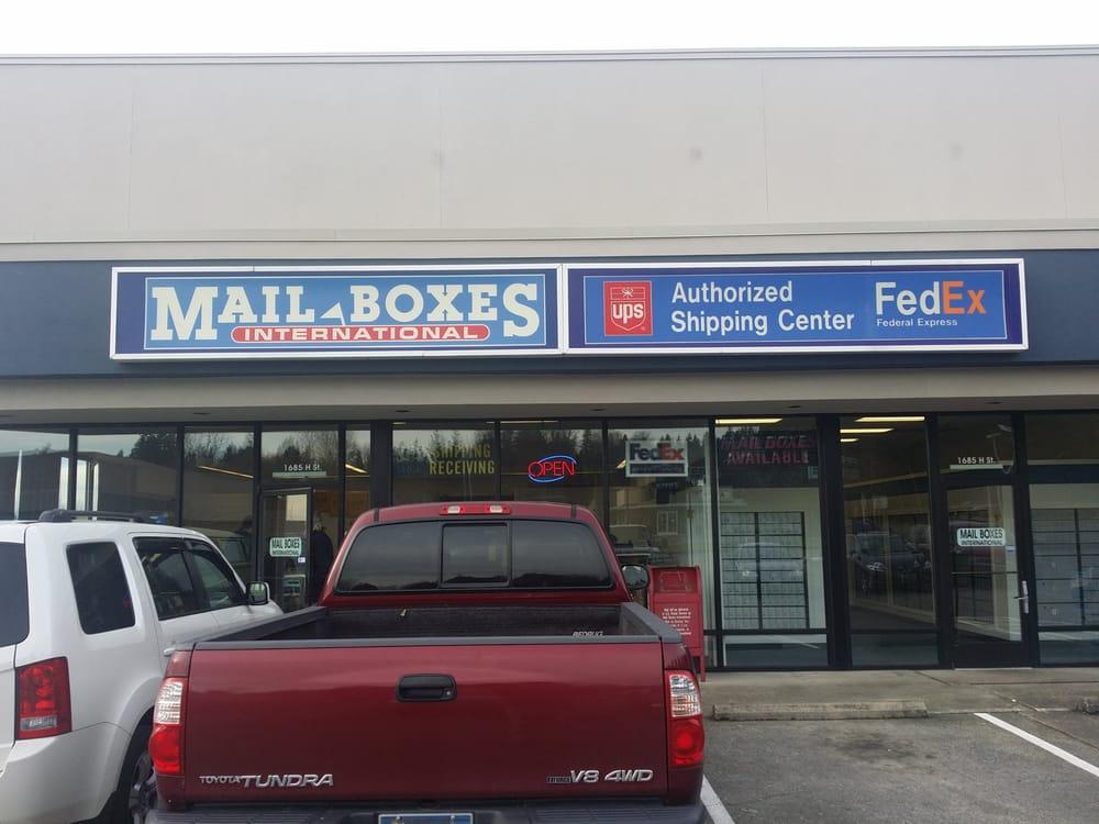 Mail Boxes International: 1685 H St, Blaine, WA
