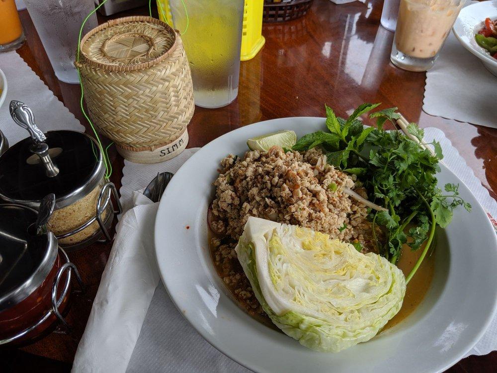 Simm Oriental Cuisine: 33466 Havlik Dr, Scappoose, OR