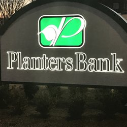 Planters Bank Banks Credit Unions 150 North St Cleveland Ms