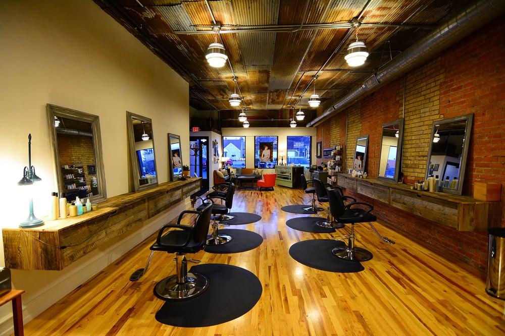 Edit salon coiffeurs salons de coiffure 123 s for Samantha oups au salon de coiffure