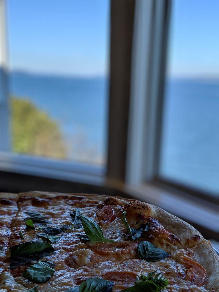 Village Pizzeria: 106 First St, Langley, WA