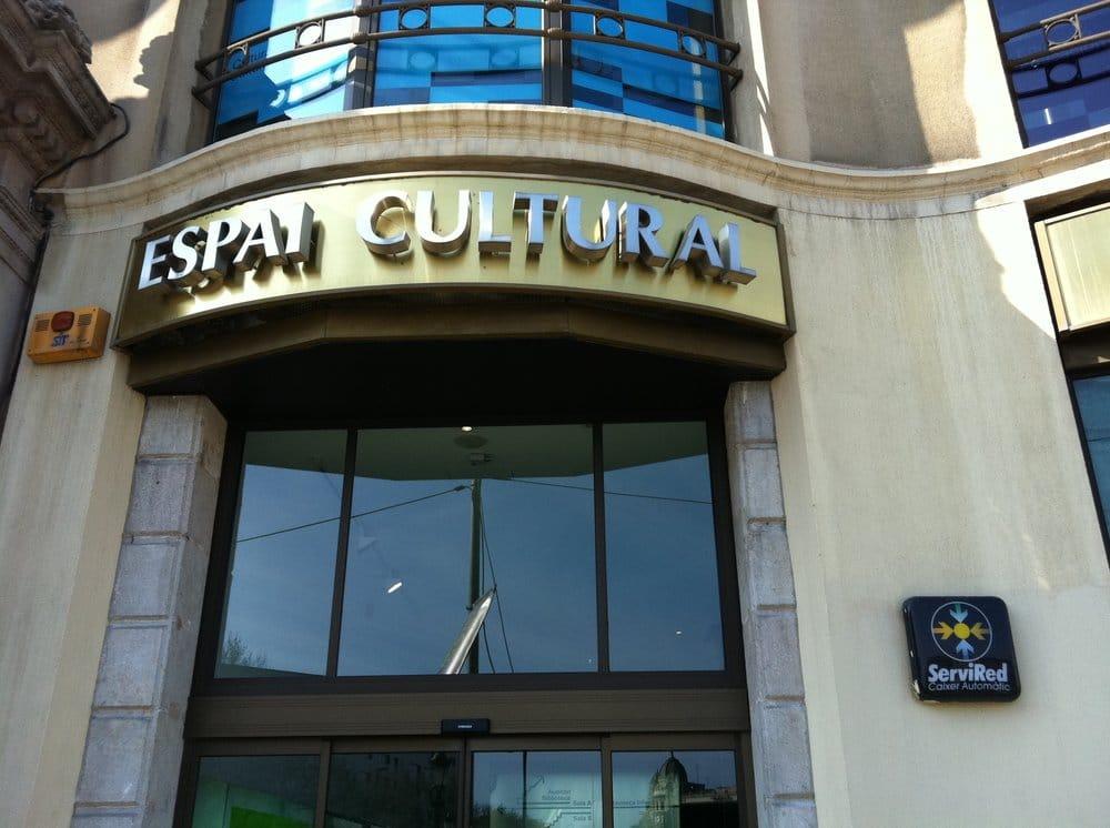 Espai cultural caja madrid gesloten kunstgalerijen for Caja de cataluna oficinas