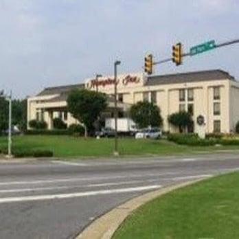 Hampton Inn Atlanta-Town Center - 18 Photos - Hotels - 871 Cobb ...