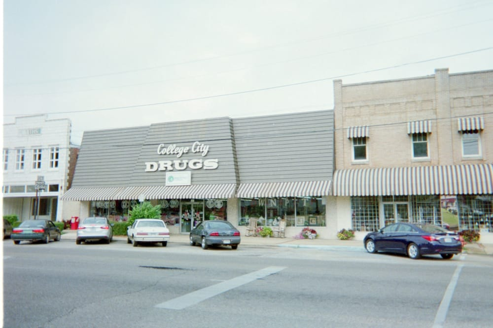 College City Drug and Gifts: Washington St, Marion, AL