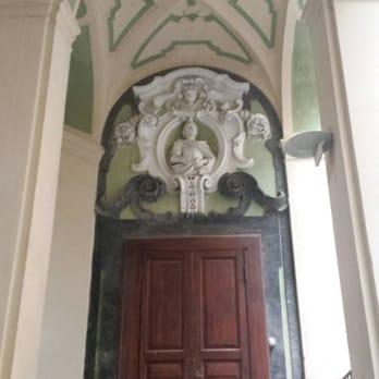 Palazzo dello spagnolo 14 foto monumenti luoghi for Palazzo in stile spagnolo