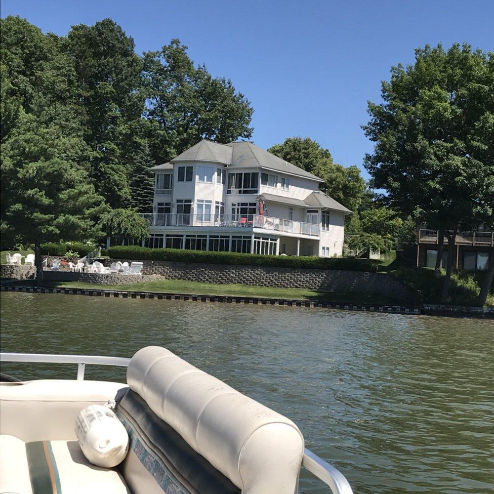 Vacation Boat Rentals: 6300 Lindsey Rd, Delton, MI
