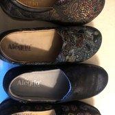 9b020a446e74 Roxanne s Birkenstock   Comfort Footwear - 21 Photos   48 Reviews ...