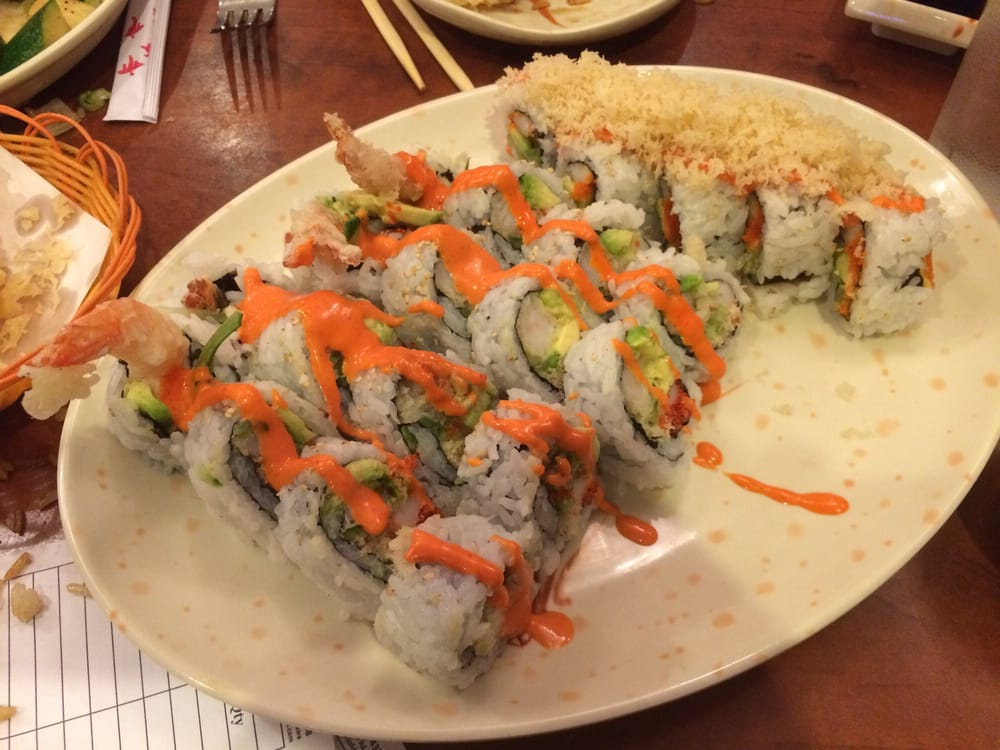 Tokushima sushi 20 reviews japanese 250 taunton road for Asian cuisine oshawa