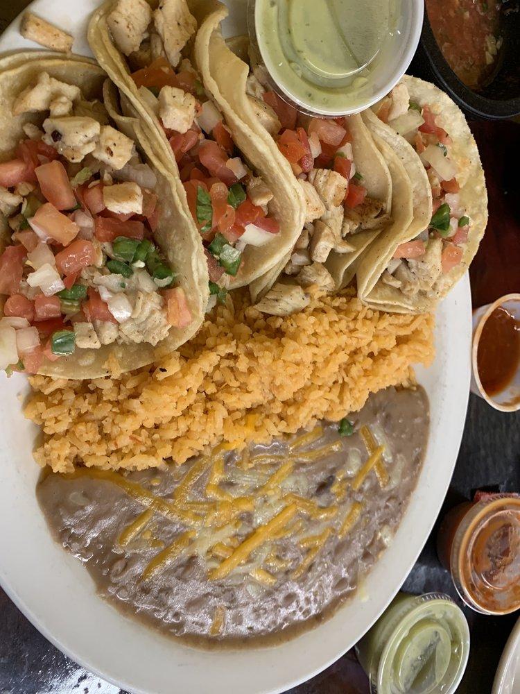 taco el paloma: 324 W Broadway St, Okemah, OK