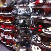 0d0911ec75da99 Champs Canada - Men s Clothing - 897 Granville Street