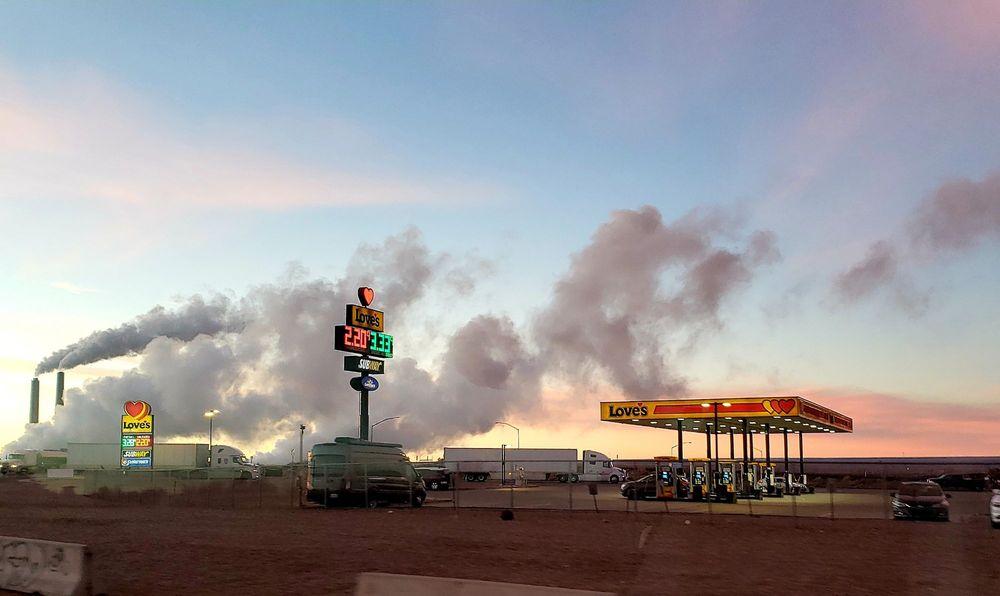 Love's Travel Stop: 4703 Main St, Joseph City, AZ