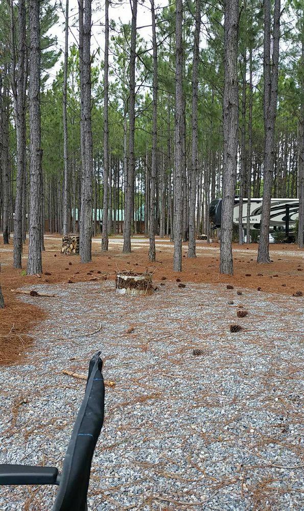 Sunset Pines RV Living: 307 Westside Rd, Cochran, GA