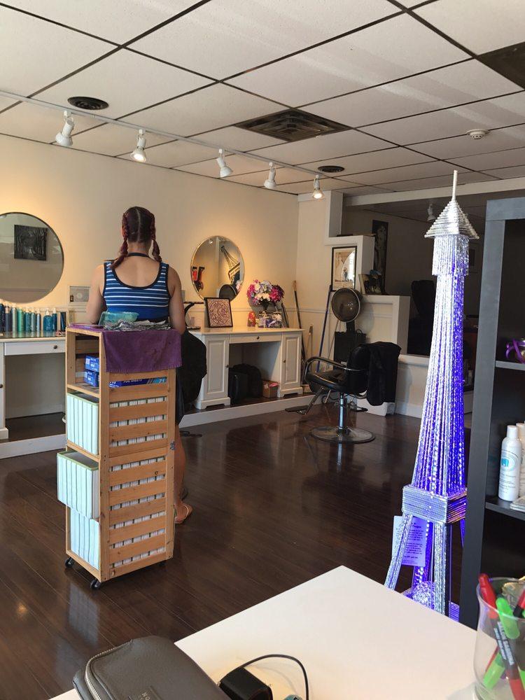 Salon Sabrina: Lagrangeville, NY
