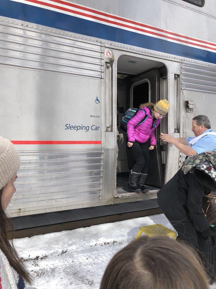 Amtrak: 413 7th St, Glenwood Springs, CO