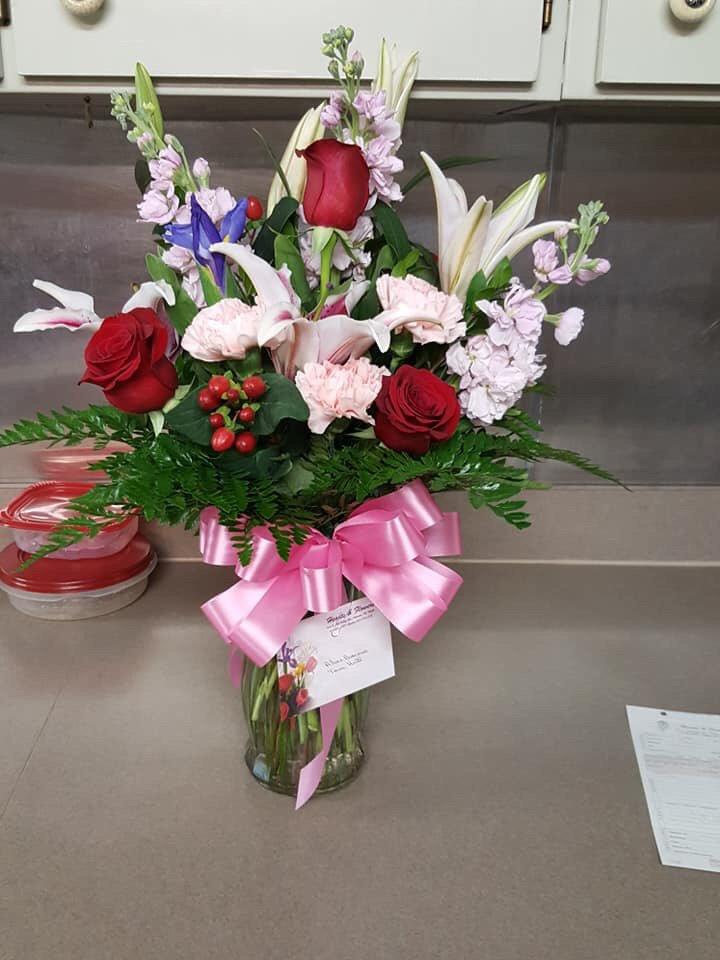 Hearts & Flowers: 5236 E Hwy 67, Alvarado, TX