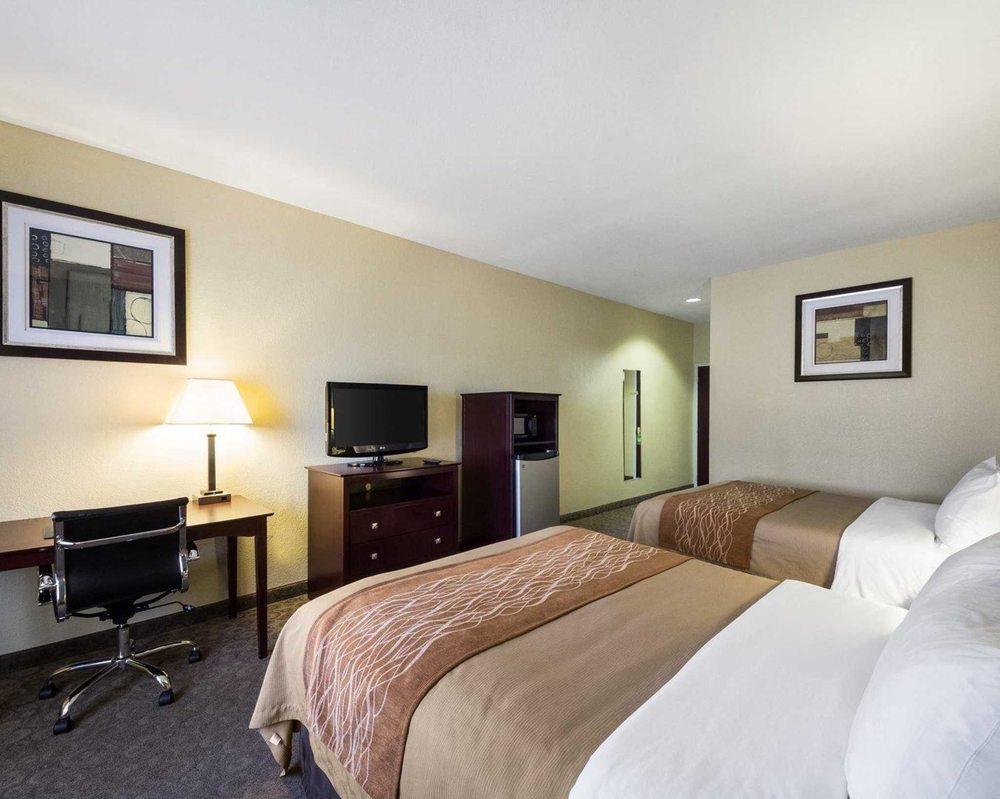 Quality Inn: 2800 Hwy 361, Ingleside, TX