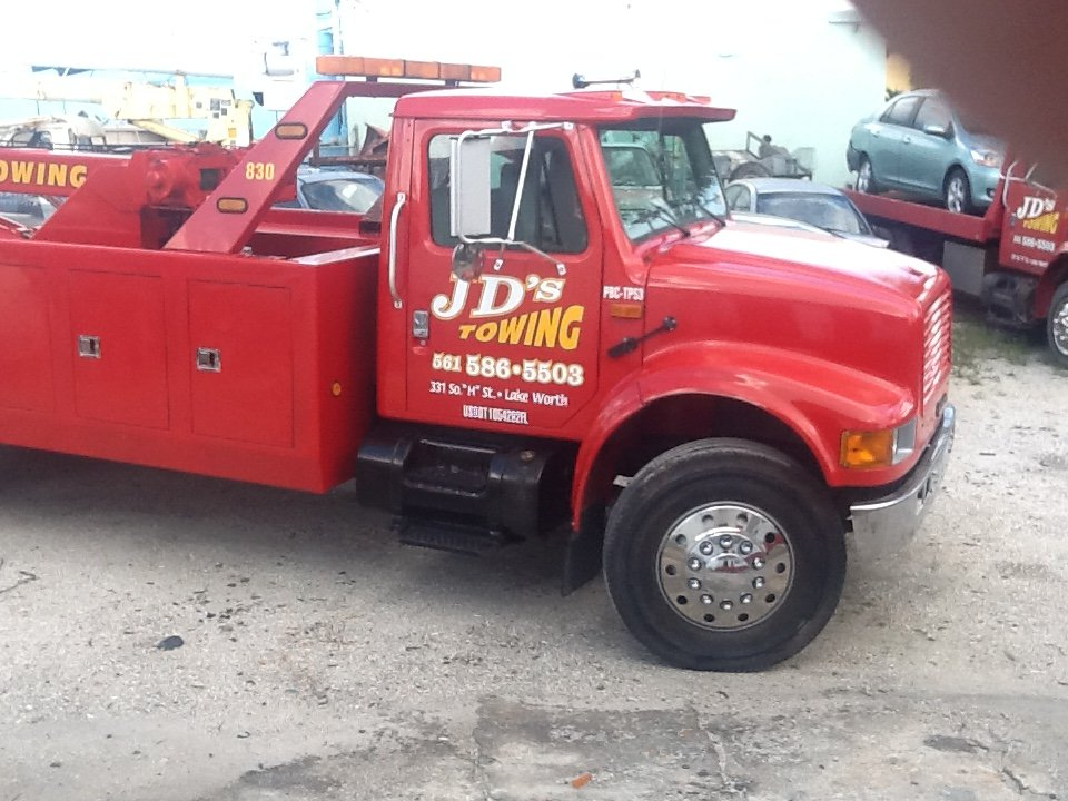 Towing business in Lake Worth, FL
