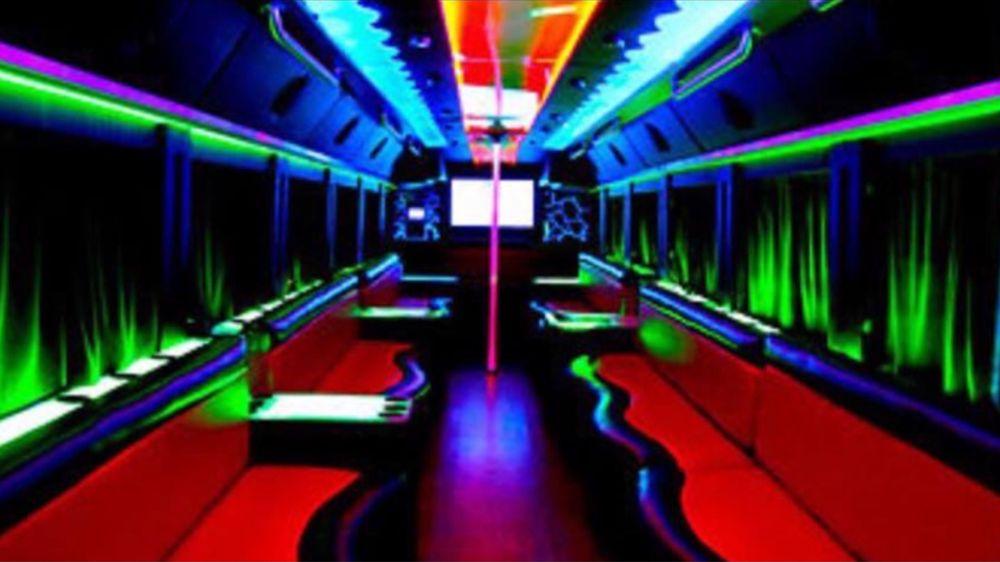 Platinum Records Nashville Party Bus