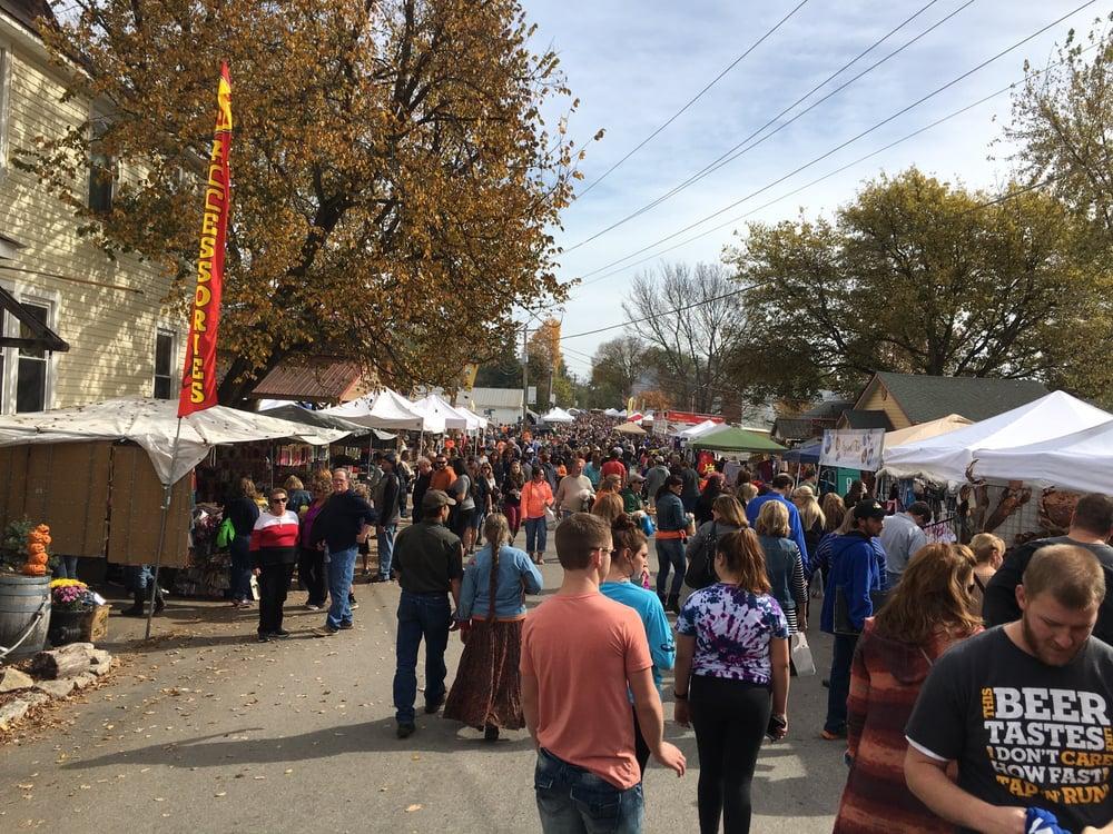 Apple Butter Festival: 209 Market St, Kimmswick, MO