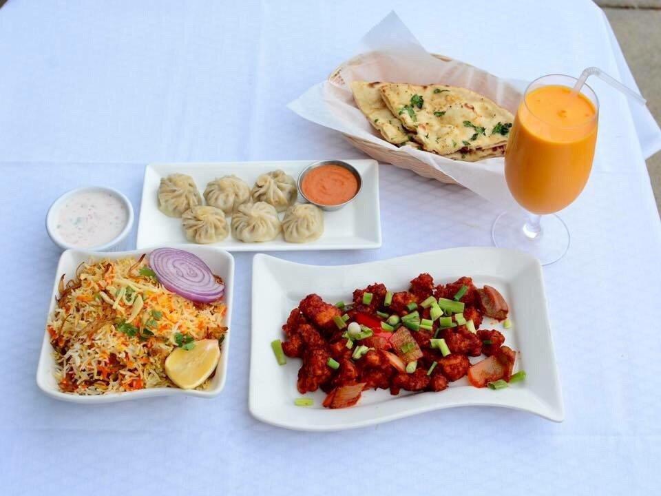 Taj Palace Indian Cuisine: 251 W Lee Hwy, Warrenton, VA