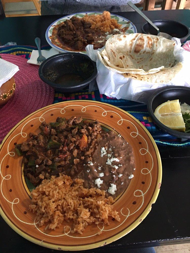 Briseida's Kitchen: 741 Cesar Chavez Blvd, Calexico, CA