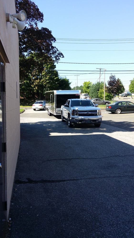 Towing business in New Haven, CT