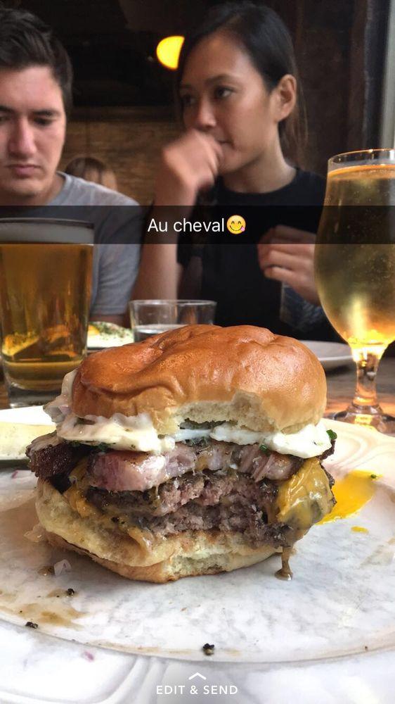 Au Cheval
