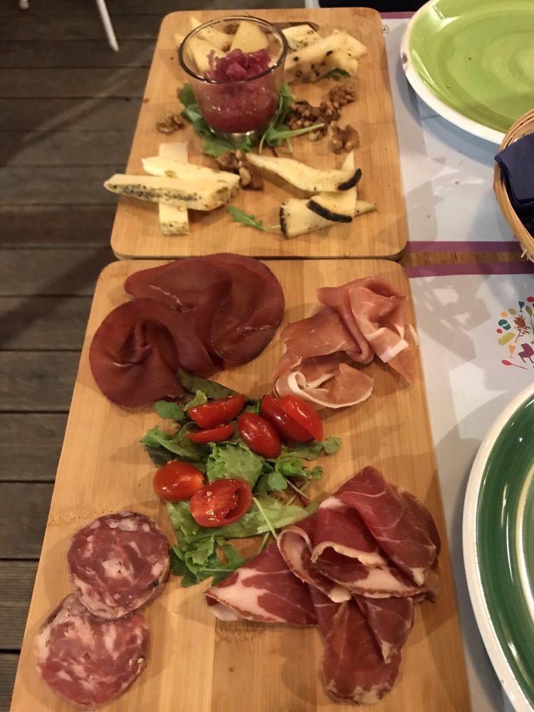 Il tocco cucina italiana viale dello ionio 38 catania for Pizzeria il tocco