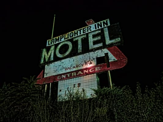 Photo Of Lamplighter Inn Motel Brattleboro Vt United States Couldn T