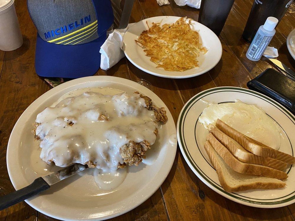 Junction Cafe: 102 Castleberry Ct, Bertram, TX