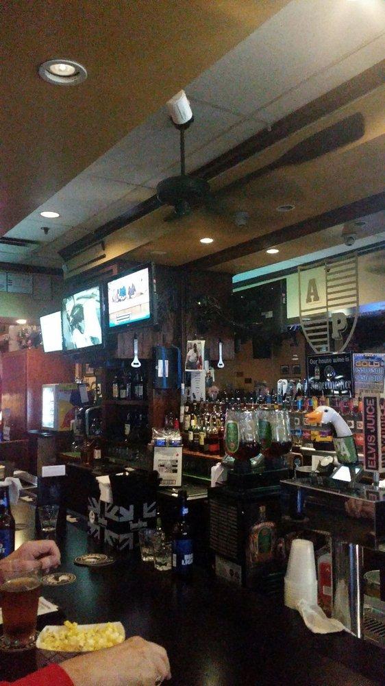 Alumni Pub: 6412 Winchester Blvd, Canal Winchester, OH