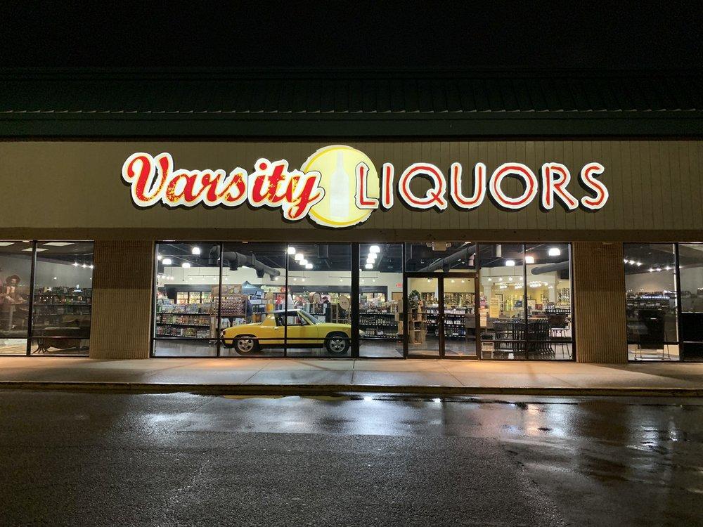 Varsity Liquors: 687 N Green River Rd, Evansville, IN