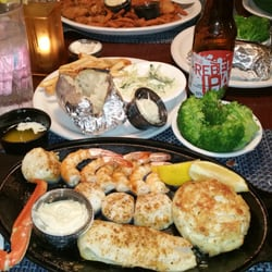 Photo Of Traders Seafood Steak And Ale Chesapeake Beach Md United States