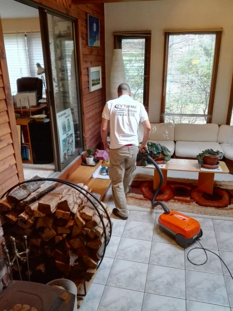 Extreme Cleaning Service: Clinton, MA