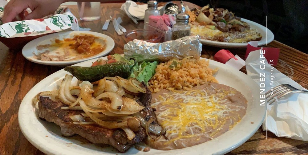 Mendez Cafe: 3415 S Chadbourne, San Angelo, TX