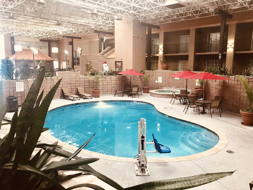 Best Western of Alexandria Inn & Suites & Conference Center: 2720 N Macarthur Dr, Alexandria, LA