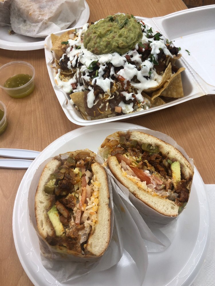 Victor's Mexican Food: 78010 Country Club Dr, Palm Desert, CA