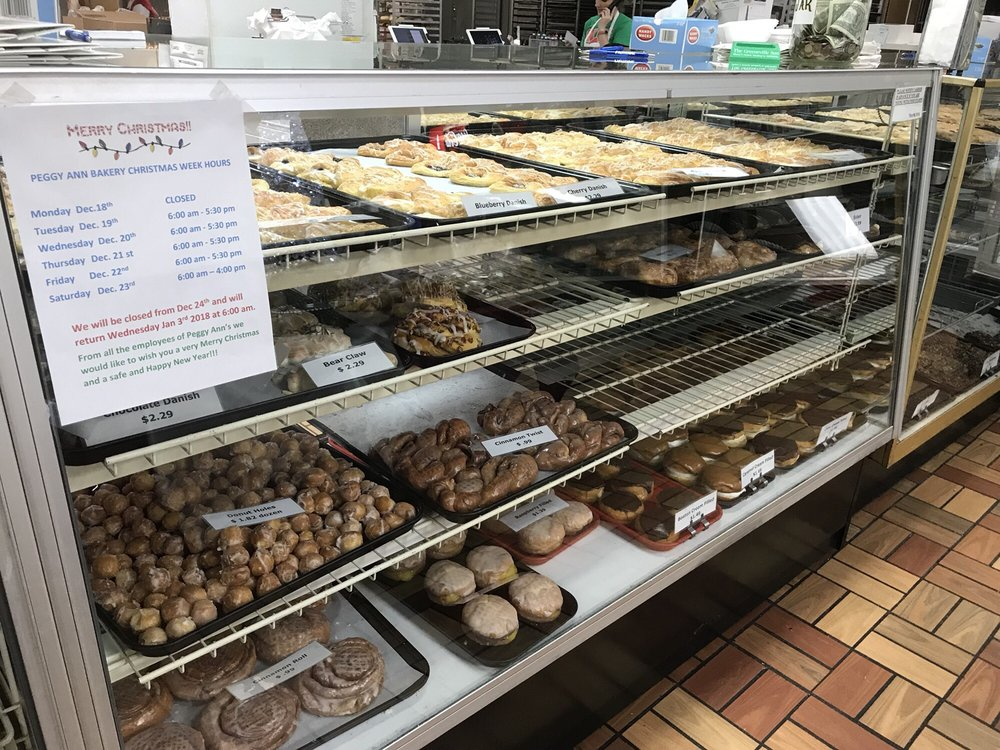 Peggy Ann Bakery Deli: 934 Snapps Ferry Rd, Greeneville, TN