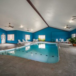 Photo Of Econo Lodge Inn Suites Greenville Il United States