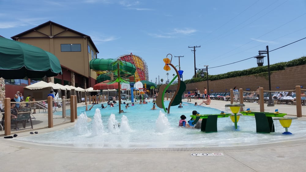 Outdoor pool great wolf lodge in garden grove yelp for Garden grove pool