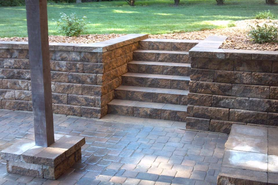 Groundworks Landscaping & Hardscaping: 11850 190th St E, Hastings, MN