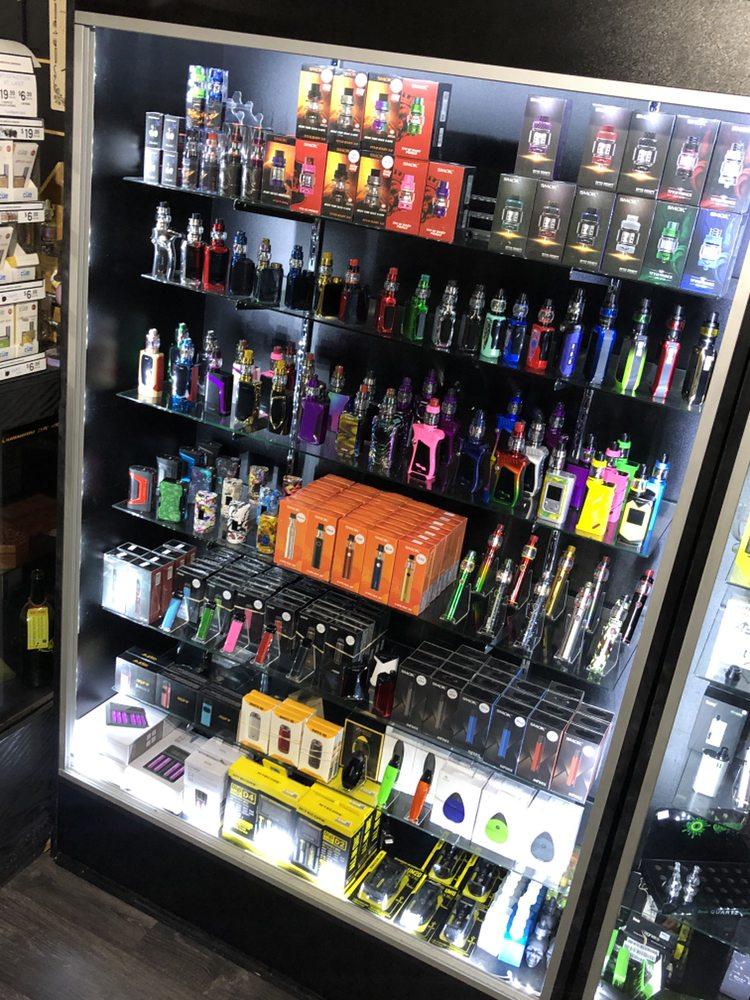 Smokin Spades Premier Smoke and Vapor Shop